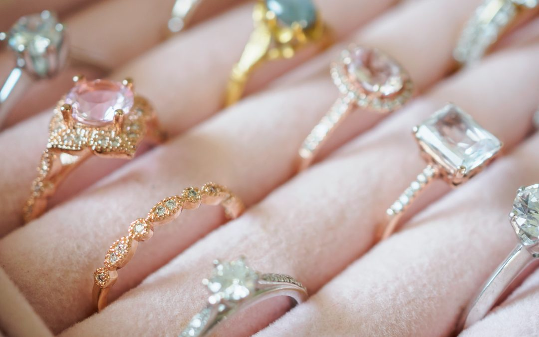 3 Things to Consider When Holiday Shopping for Rings in Fort Lauderdale