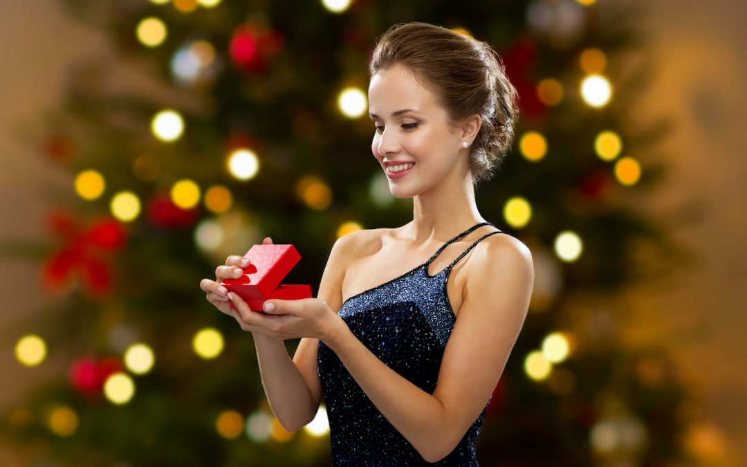 3 Ideas for Earrings in Fort Lauderdale to Gift This Holiday Season