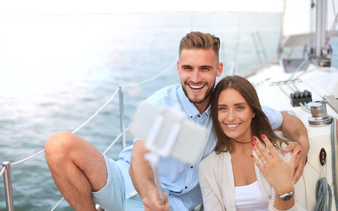 Recently Engaged? Here's How to Take a Great Pic to Show Off Your Engagement Ring Near Fort Lauderdale
