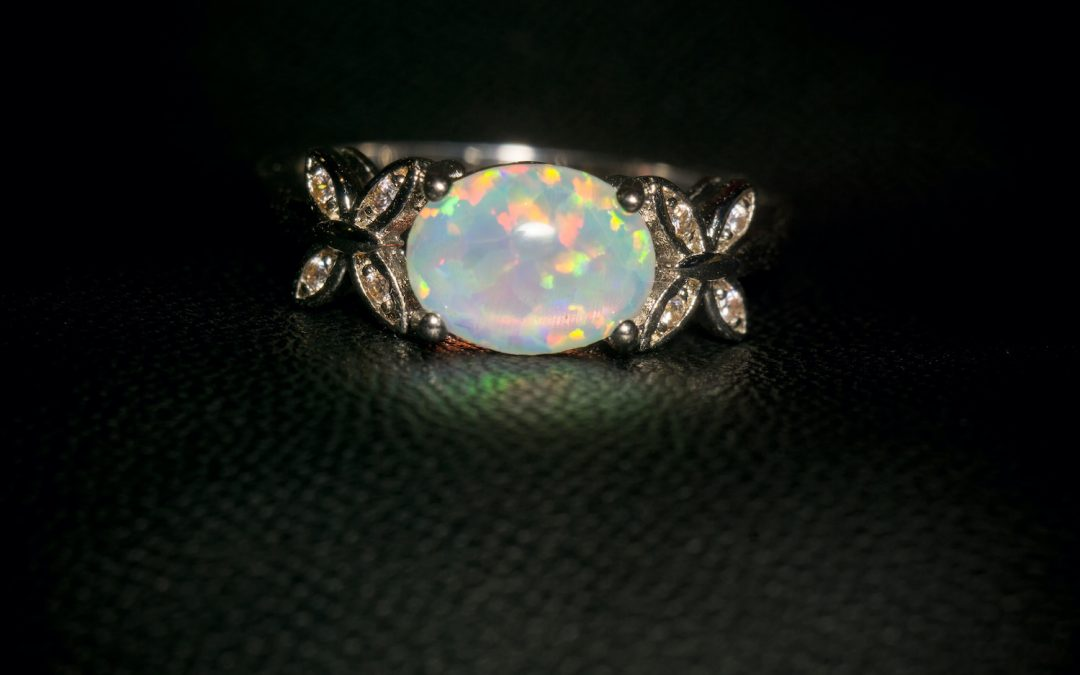 October's Birthstone Is Opal. Here's How to Choose Opal Jewelry for Gifts Next Month!